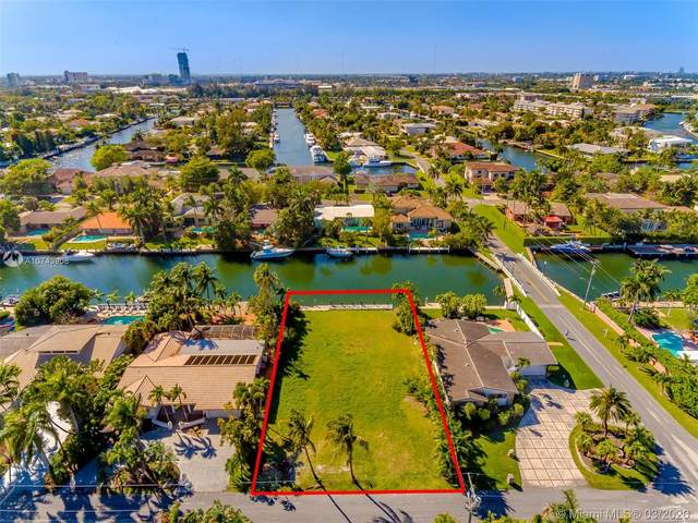 606 Hibiscus Dr, Hallandale Beach, FL 33009 (MLS #A10743908) :: Carole Smith Real Estate Team