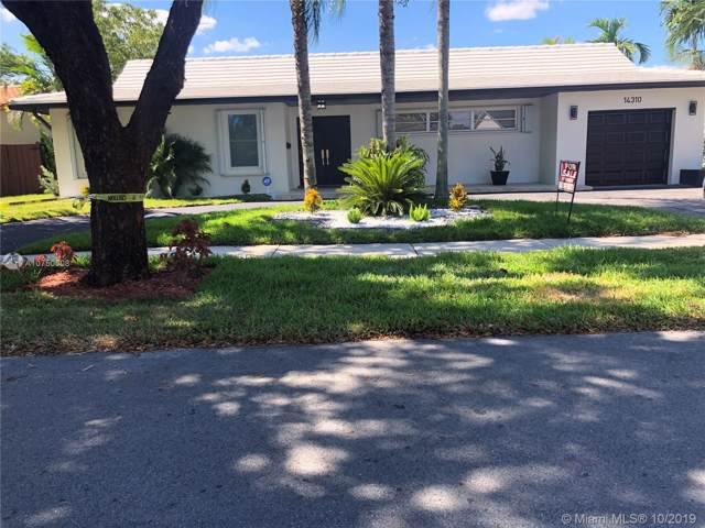 14310 Leaning Pine Dr, Miami Lakes, FL 33014 (MLS #A10750608) :: Grove Properties