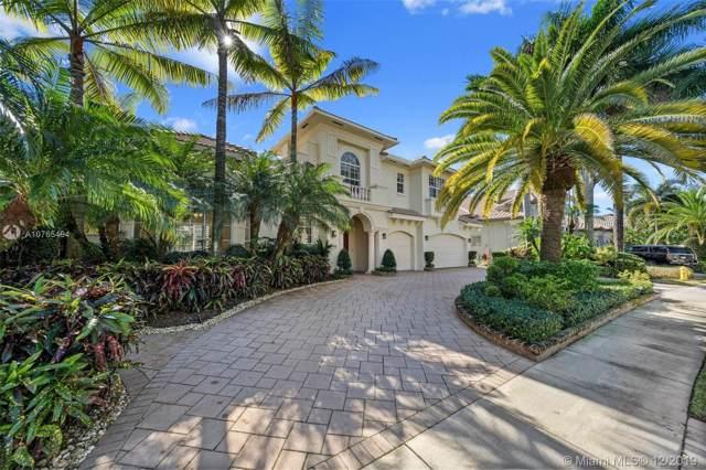 10898 N Blue Palm St, Plantation, FL 33324 (MLS #A10765494) :: Laurie Finkelstein Reader Team