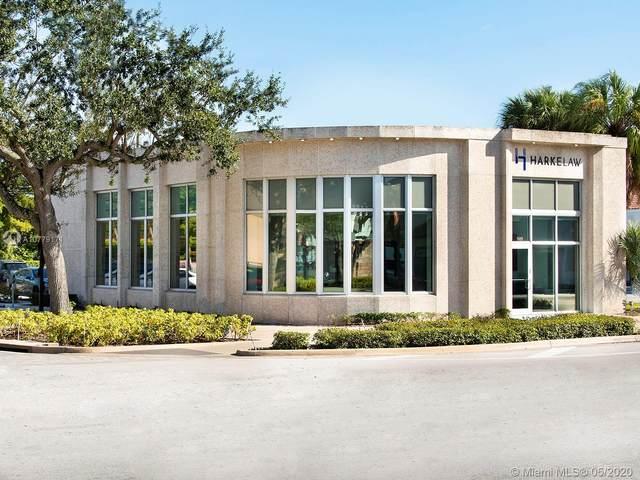9699 NE 2nd Ave, Miami Shores, FL 33138 (MLS #A10779171) :: Laurie Finkelstein Reader Team