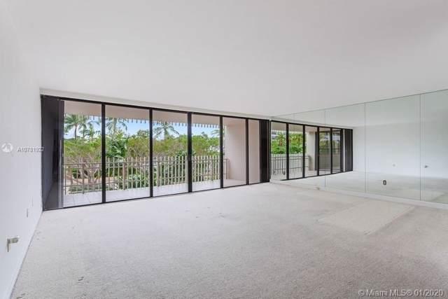 1 Grove Isle Dr A305, Miami, FL 33133 (MLS #A10781922) :: Berkshire Hathaway HomeServices EWM Realty