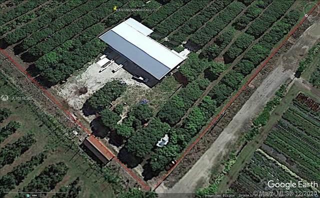 17651 SW 187 AVE, Miami, FL 33187 (MLS #A10818365) :: Carole Smith Real Estate Team