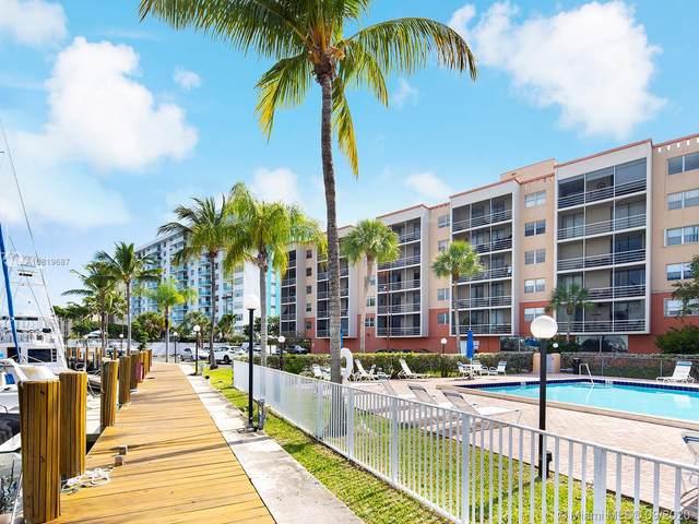 2821 NE 163rd St 6B, North Miami Beach, FL 33160 (MLS #A10819687) :: Berkshire Hathaway HomeServices EWM Realty