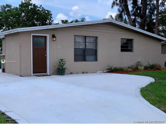 3900 SW 60th Ave, Davie, FL 33314 (MLS #A10899080) :: Natalia Pyrig Elite Team | Charles Rutenberg Realty