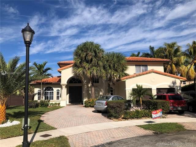 8123 NW 158th Ter, Miami Lakes, FL 33016 (MLS #A10907185) :: Miami Villa Group