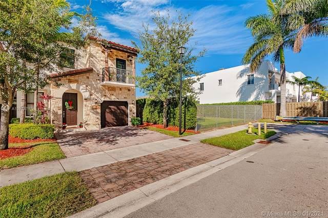 7072 NW 103rd Path #7072, Doral, FL 33178 (MLS #A10974717) :: Carole Smith Real Estate Team
