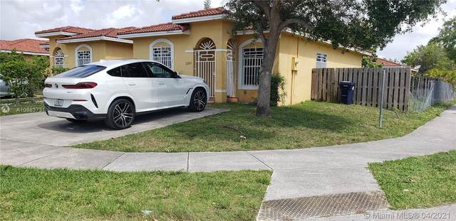 12201 SW 214th Ln #1, Miami, FL 33177 (MLS #A10983731) :: The Rose Harris Group