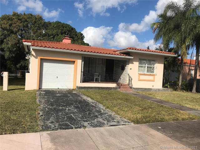 11 Alcantarra Ave, Coral Gables, FL 33134 (MLS #A10993140) :: The Rose Harris Group