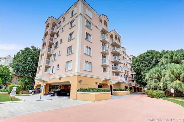 1 Alhambra Cir #203, Coral Gables, FL 33134 (MLS #A11094994) :: The MPH Team