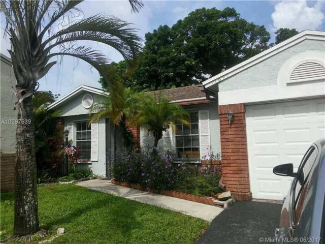14650 N Beckley Sq, Davie, FL 33325 (MLS #A10297639) :: The Chenore Real Estate Group