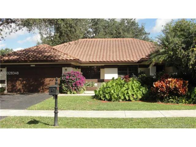 3079 Perriwinkle Cir, Davie, FL 33328 (MLS #A10328348) :: RE/MAX Presidential Real Estate Group