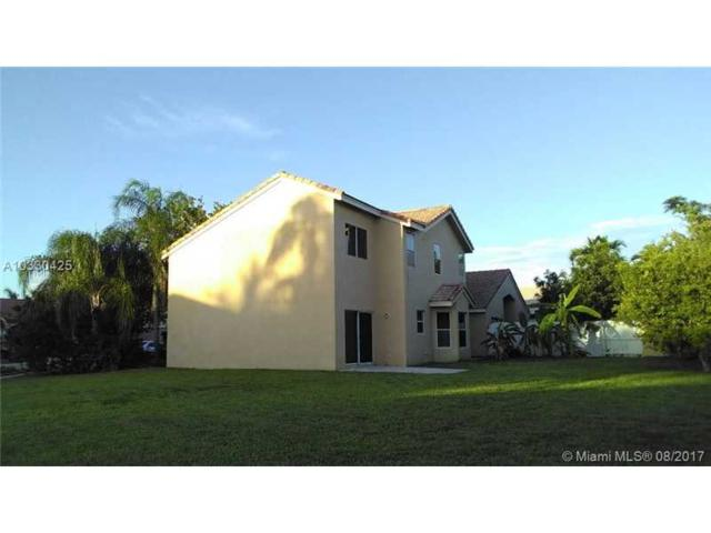 335 SW 183rd Way, Pembroke Pines, FL 33029 (MLS #A10330425) :: The Teri Arbogast Team at Keller Williams Partners SW