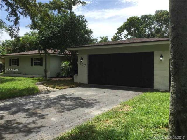 637 Ixora Lane, Plantation, FL 33317 (MLS #A10338436) :: Stanley Rosen Group