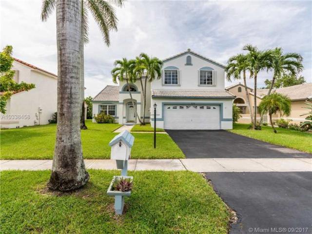 320 NW 189th Ter, Pembroke Pines, FL 33029 (MLS #A10338458) :: Green Realty Properties