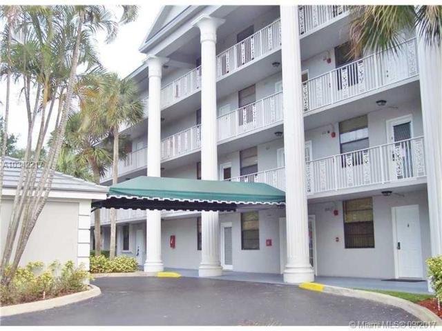 1518 Whitehall Dr #305, Davie, FL 33324 (MLS #A10342217) :: Castelli Real Estate Services