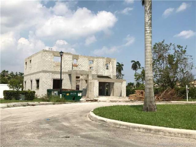 8203 SW 51st St, Davie, FL 33328 (MLS #A10342461) :: Castelli Real Estate Services