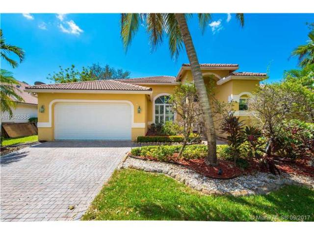 2853 Oakbrook Dr, Weston, FL 33332 (MLS #A10342888) :: Castelli Real Estate Services