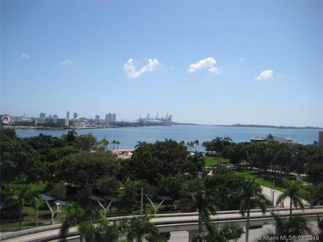 50 Biscayne Bl #803, Miami, FL 33132 (MLS #A10618722) :: Berkshire Hathaway HomeServices EWM Realty