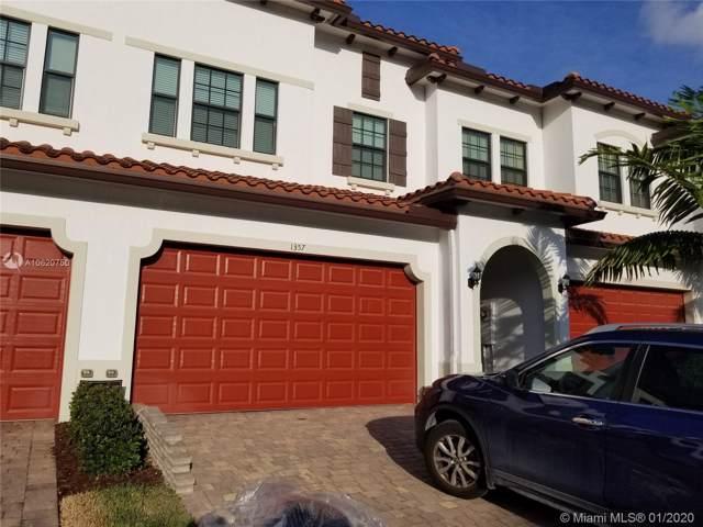 1357 SW 113th Ave, Pembroke Pines, FL 33025 (MLS #A10620750) :: The Teri Arbogast Team at Keller Williams Partners SW