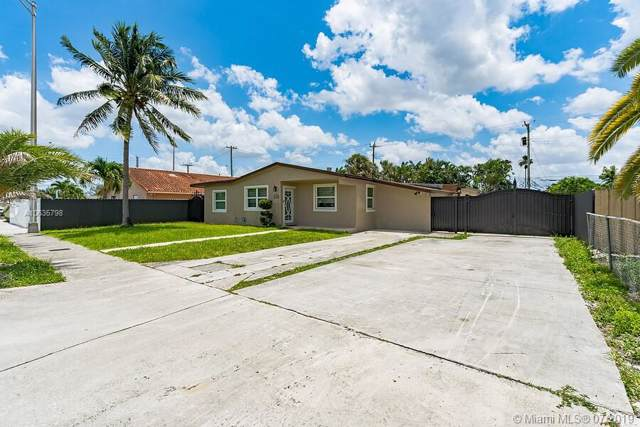 420 W 77th St, Hialeah, FL 33014 (MLS #A10635798) :: Laurie Finkelstein Reader Team