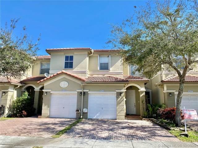 8133 NW 108th Pl, Doral, FL 33178 (MLS #A10774950) :: Berkshire Hathaway HomeServices EWM Realty