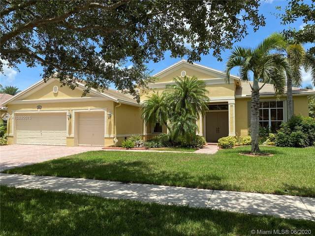 4886 Tropicana Ave, Cooper City, FL 33330 (MLS #A10880075) :: Green Realty Properties