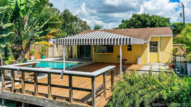 7400 SW 32 St, Miami, FL 33155 (MLS #A10908943) :: ONE   Sotheby's International Realty