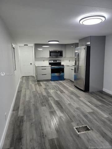 100 NE Ne 6th Ave #923, Homestead, FL 33030 (MLS #A10981447) :: Berkshire Hathaway HomeServices EWM Realty