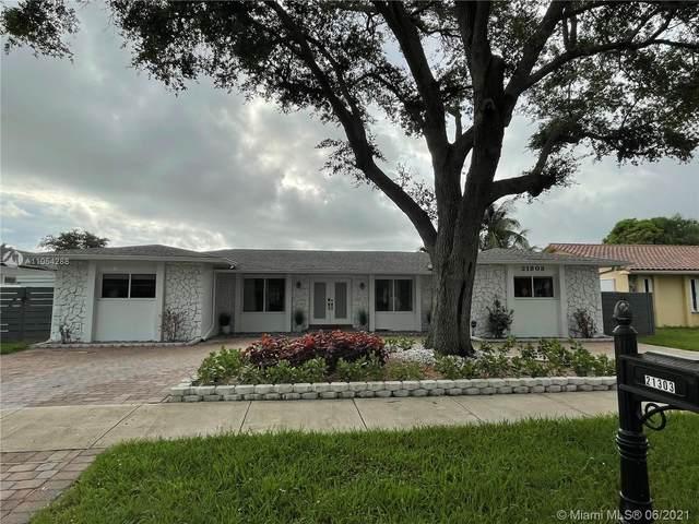 21303 NE 18th Pl, Miami, FL 33179 (MLS #A11054288) :: Equity Advisor Team
