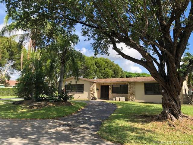 8385 SW 163rd St, Palmetto Bay, FL 33157 (MLS #A11088216) :: The Pearl Realty Group