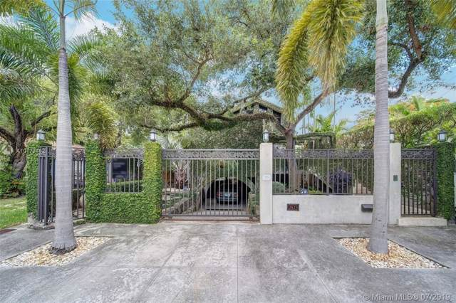 2523 Lincoln Ave, Coconut Grove, FL 33133 (MLS #A10173442) :: Grove Properties