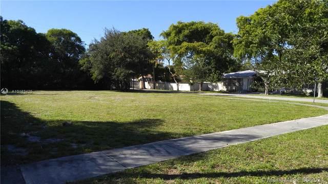 1130 NE 123rd St, North Miami, FL 33161 (MLS #A10183425) :: The MPH Team