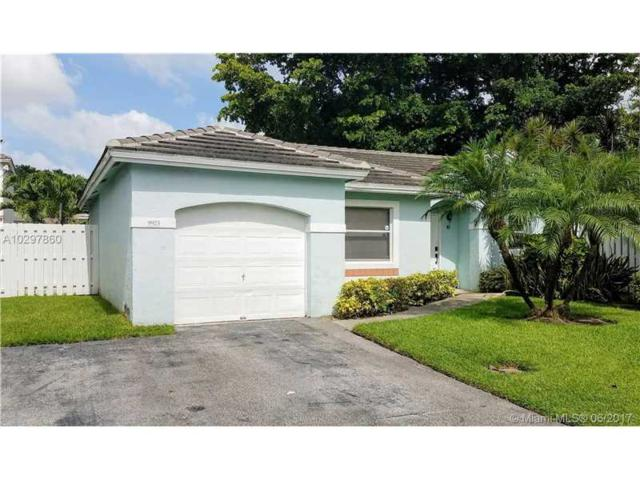 9923 NW 2nd Street, Plantation, FL 33324 (MLS #A10297860) :: The Teri Arbogast Team at Keller Williams Partners SW
