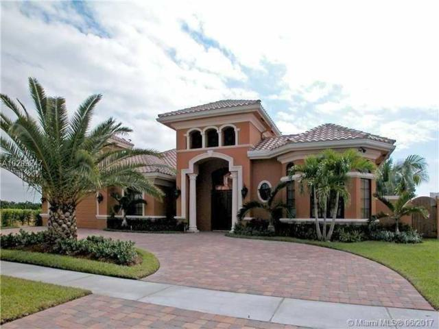 10280 Sweet Bay St, Plantation, FL 33324 (MLS #A10299247) :: The Chenore Real Estate Group