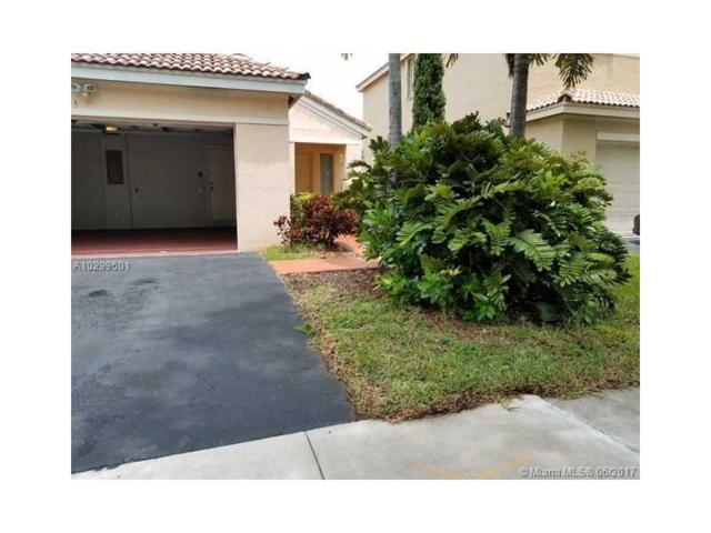4325 Dogwood Cr, Weston, FL 33331 (MLS #A10299601) :: The Chenore Real Estate Group