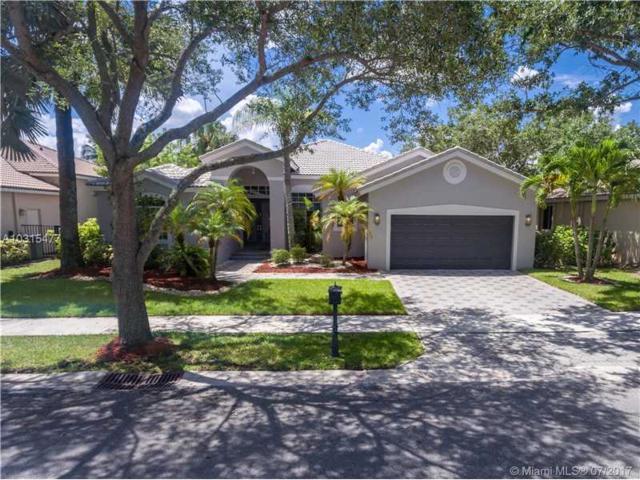 2654 Oakbrook Dr, Weston, FL 33332 (MLS #A10315477) :: Castelli Real Estate Services