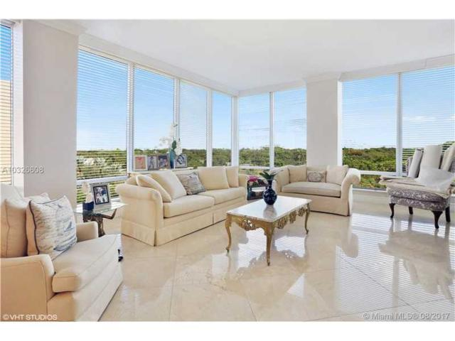 60 Edgewater Dr 6H, Coral Gables, FL 33133 (MLS #A10326608) :: The Riley Smith Group