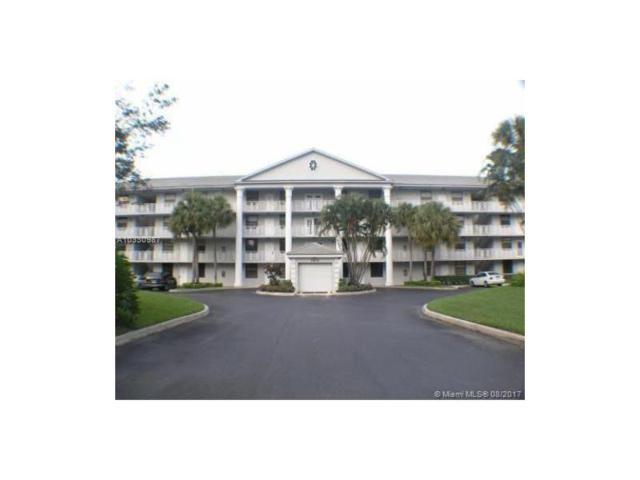 1709 Whitehall Dr #303, Davie, FL 33324 (MLS #A10330987) :: The Chenore Real Estate Group