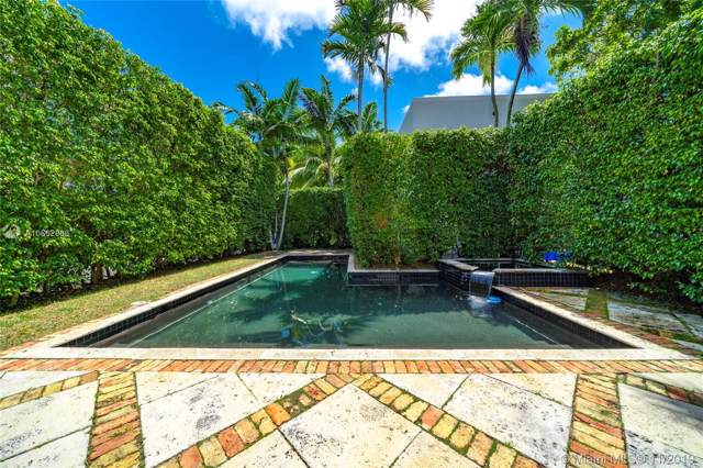 3447 Chase Ave, Miami Beach, FL 33140 (MLS #A10662866) :: The Riley Smith Group