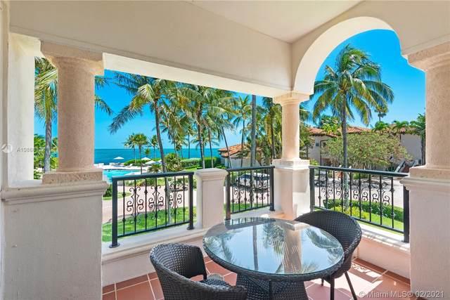 15721 Fisher Island Dr #15721, Miami Beach, FL 33109 (MLS #A10866322) :: The Rose Harris Group