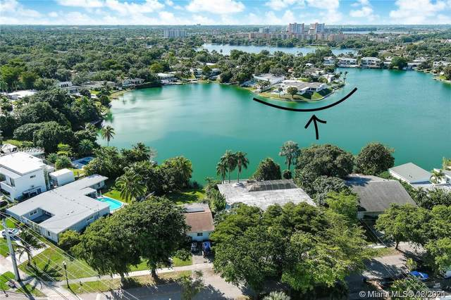 19241 NE 20th Ct, North Miami Beach, FL 33179 (MLS #A11029390) :: The Pearl Realty Group