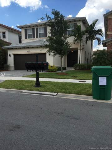 10503 NW 70th Ln, Doral, FL 33178 (MLS #A10107588) :: The Jack Coden Group