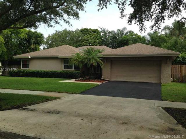 12109 Park Dr, Cooper City, FL 33026 (MLS #A10291787) :: Green Realty Properties