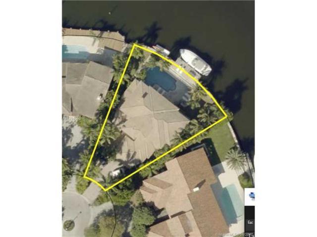 455 Center Island Dr, Golden Beach, FL 33160 (MLS #A10294660) :: Green Realty Properties