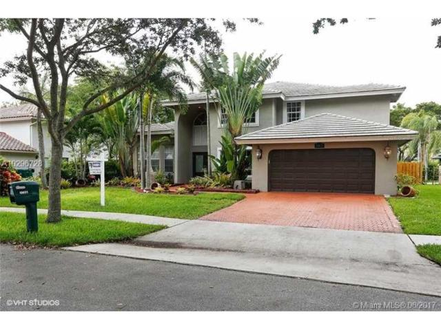 10653 Zurich St, Cooper City, FL 33026 (MLS #A10296728) :: The Teri Arbogast Team at Keller Williams Partners SW