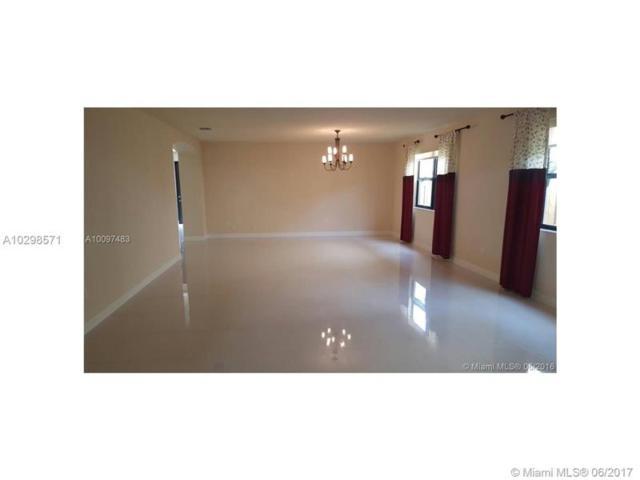 9835 NW 89 TE, Doral, FL 33178 (MLS #A10298571) :: Green Realty Properties