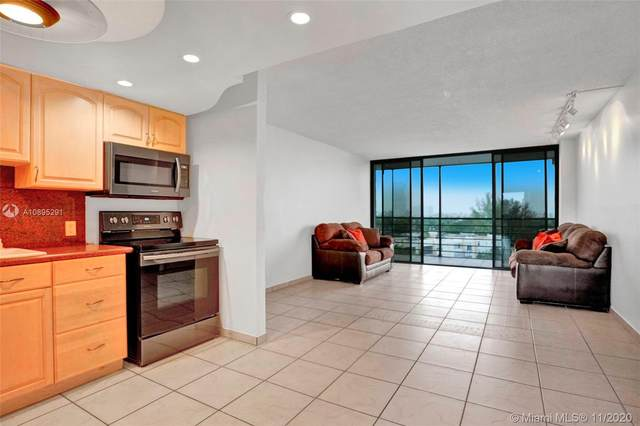 20400 W Country Club Dr #816, Aventura, FL 33180 (MLS #A10895291) :: ONE Sotheby's International Realty