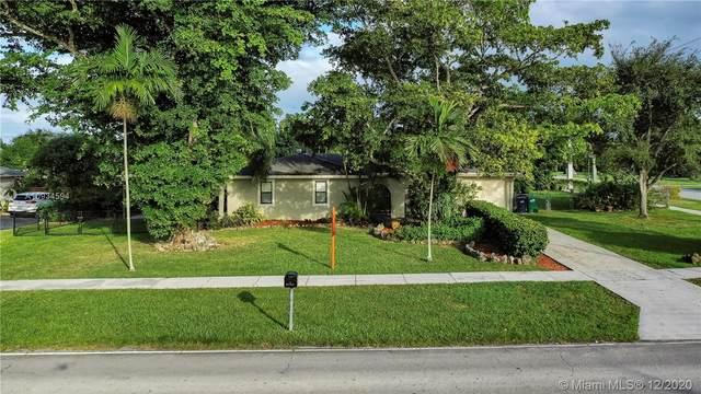 27945 SW 162 Ave, Homestead, FL 33031 (MLS #A10934594) :: Albert Garcia Team