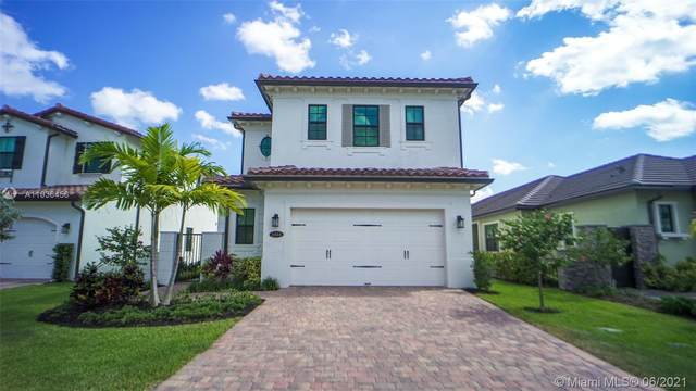 11844 SW 13th Ct, Pembroke Pines, FL 33025 (MLS #A11036456) :: The Riley Smith Group
