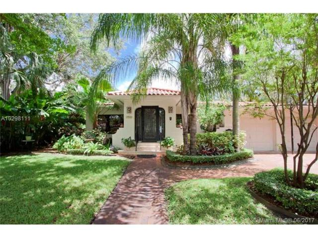 1232 Castile Ave, Coral Gables, FL 33134 (MLS #A10298111) :: Green Realty Properties